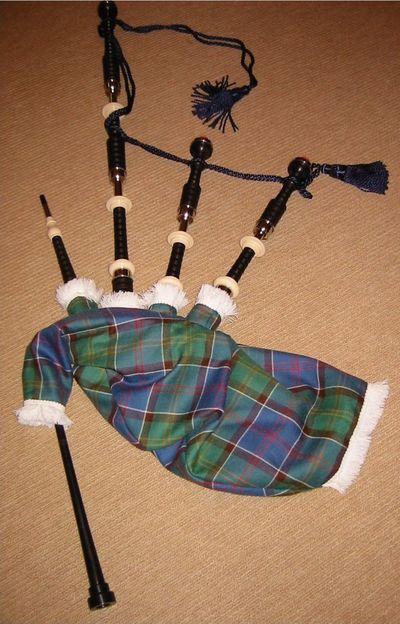 Cornemuse écossaise : Piob Lhòr (Còrnamusa escocesa : Piob Lhòr)