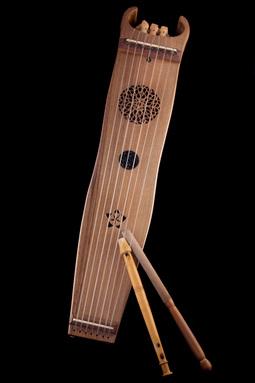 Flûte à 3 trous et tambourin à cordes (Flabuta e tamborin)